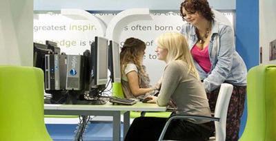 Universitas Inggris Luncurkan Kuliah 'Online'