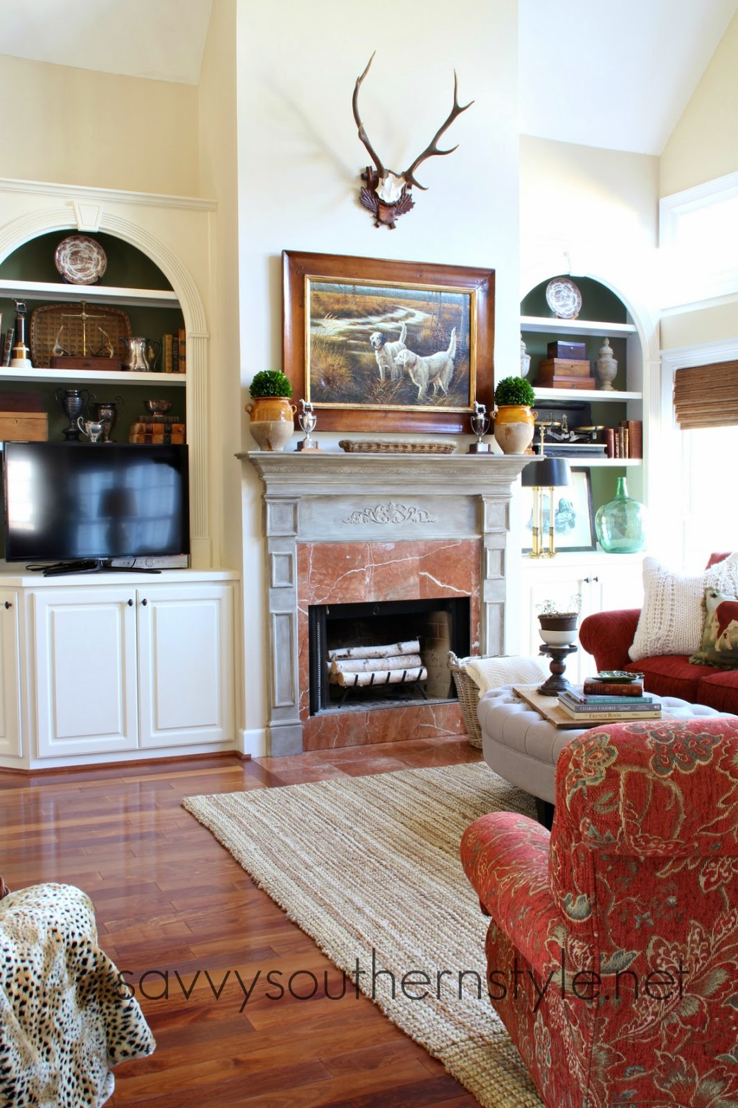 Savvy Southern Style : Decorating With Red