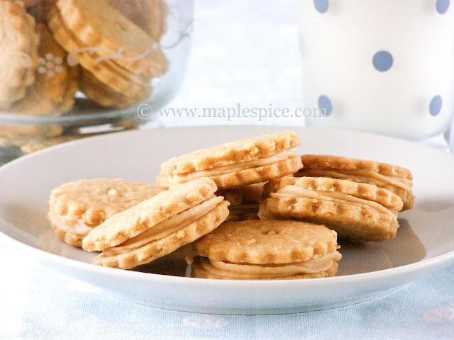 Vegan Peanut Butter Oatmeal Sandwich Cookies
