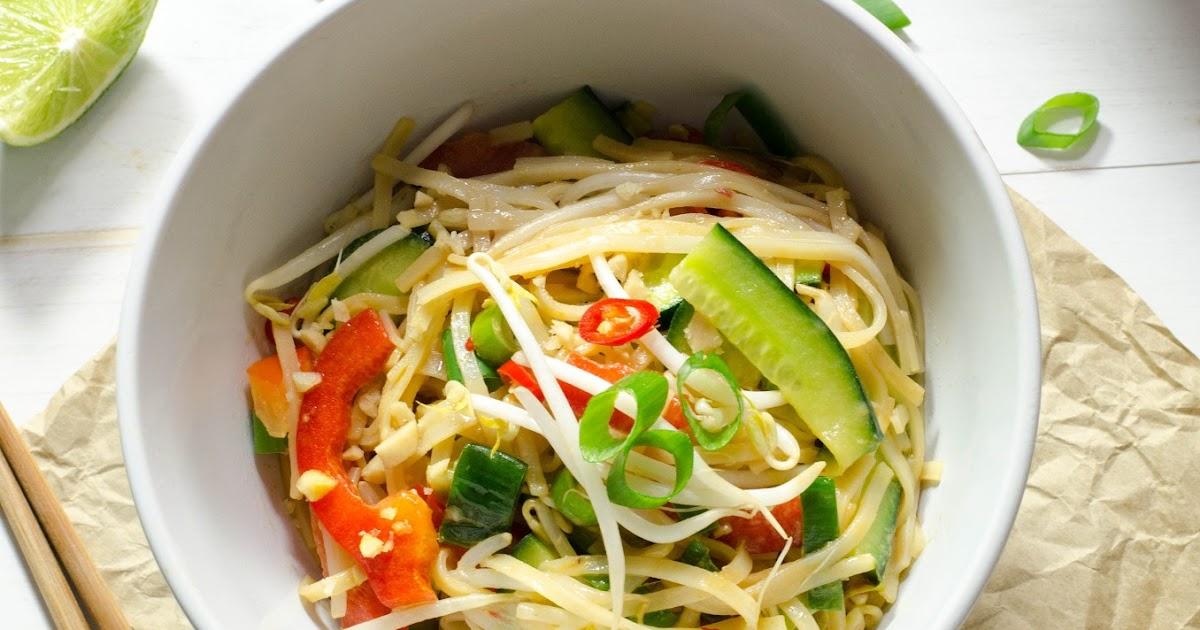 Veggieful: Vegan Satay Noodles Recipe