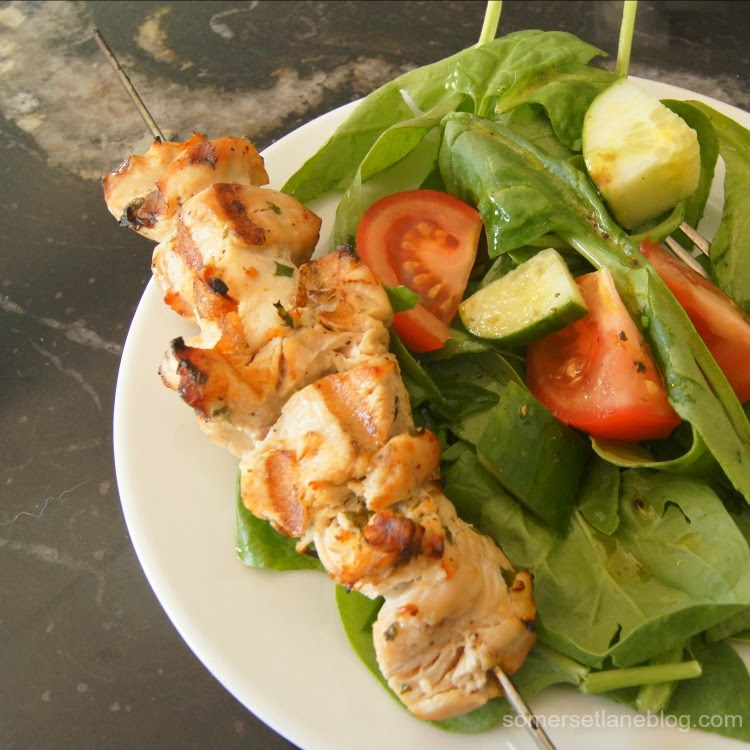 garlic lemon chicken kabobs, side salad with balsamic dressing