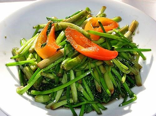 Cách làm món rau cần xào tỏi ngon