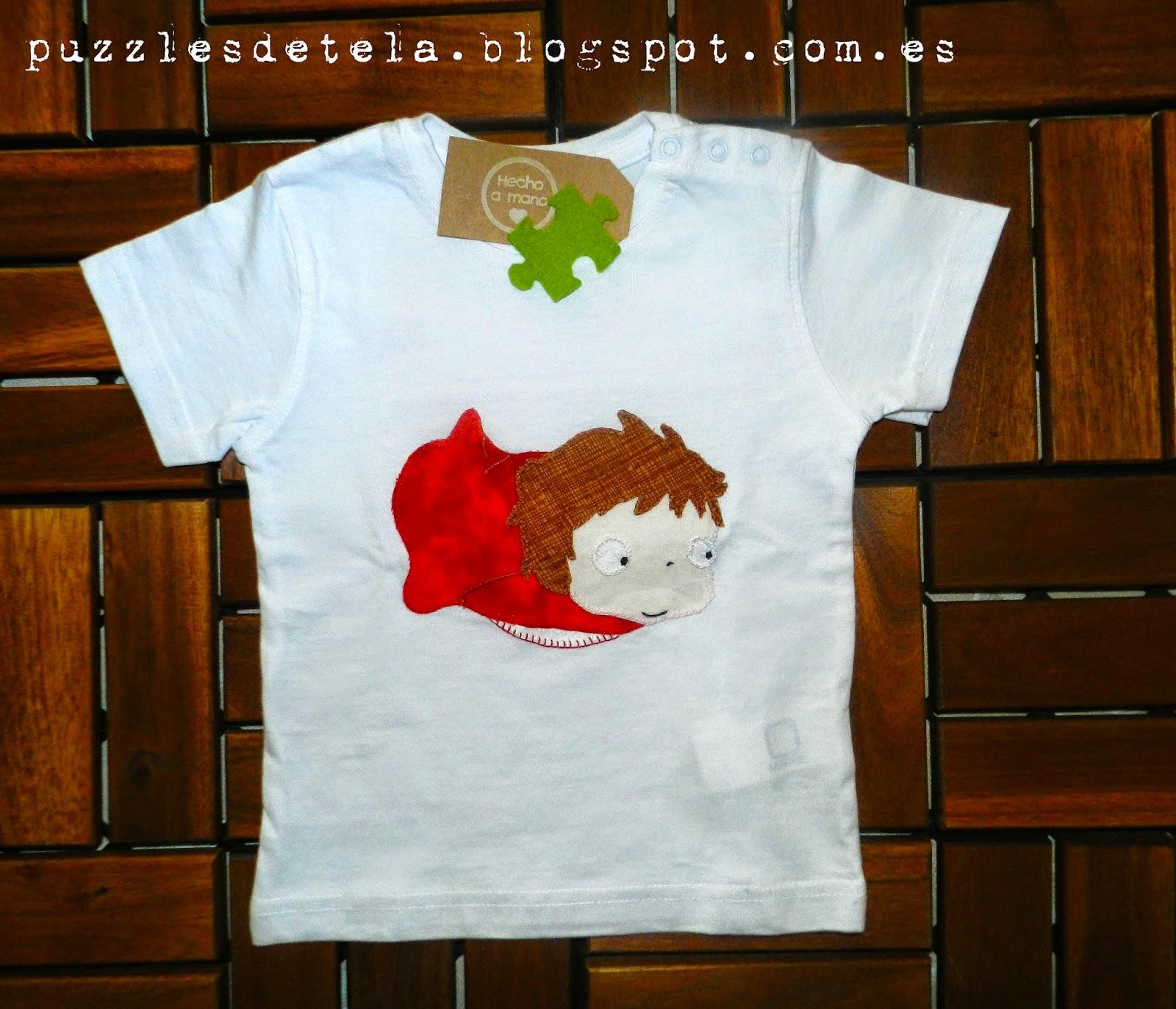 Ponyo, Ponyo en el acantilado, Ponyo patchwork, Camiseta de Ponyo, Puzzles de tela, camiseta con aplicación de patchwork, patchwork,