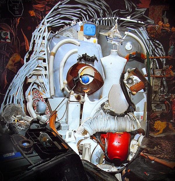 07-Bernard-Pras-Art-in-Sculpture-Point-of-View-www-designstack-co