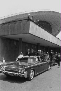 AGENTS ON LIMO JUNE 1963