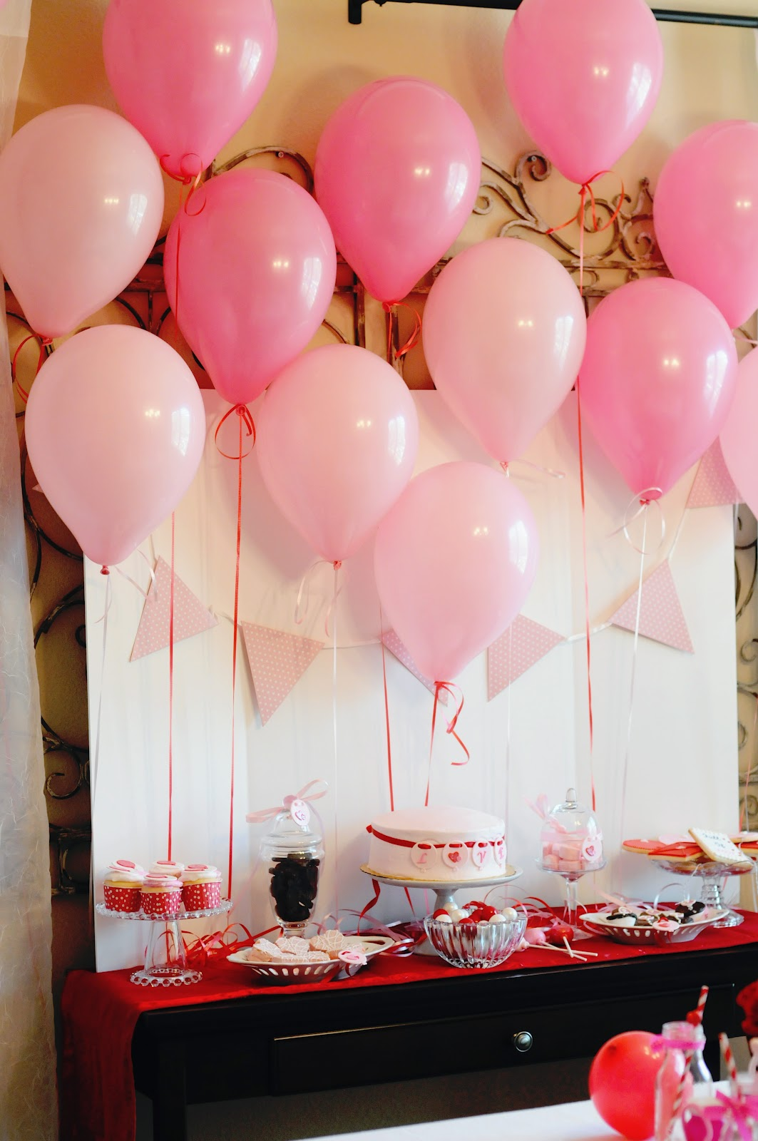 Fanciful events for Balloon backdrop decoration
