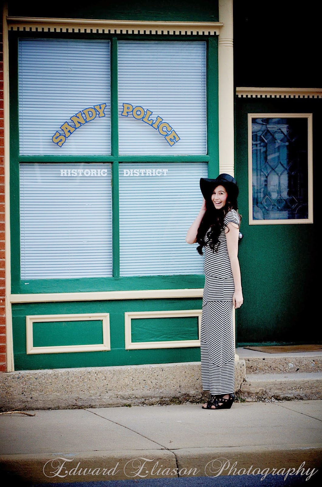 striped maxi dress, maxi dress, striped dress, old sandy city, sandy city, floppy hat, hats, wedges, old city photos,