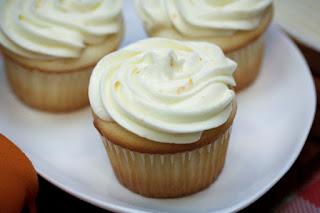 gluten-free-orange-cupcake
