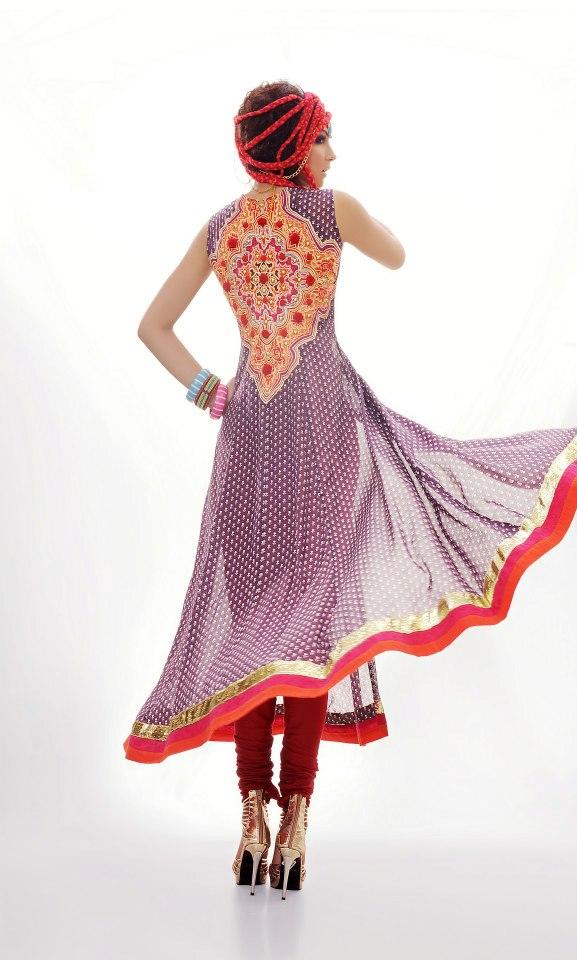 Fashion world latest fashion latest pakistani embrioded Latest fashion gown style