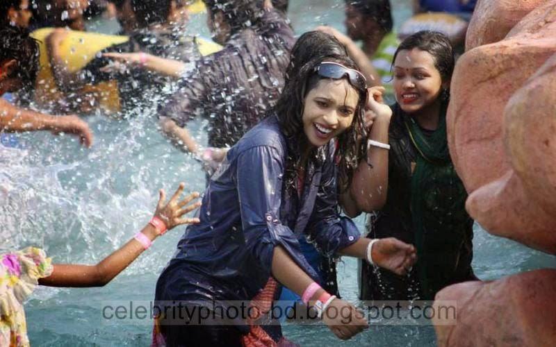 Bangladeshi%2BHigh%2BSociety%2BBig%2BBoobs%2BGirls%2Bin%2BSkin%2BTight%2BWet%2BDress003