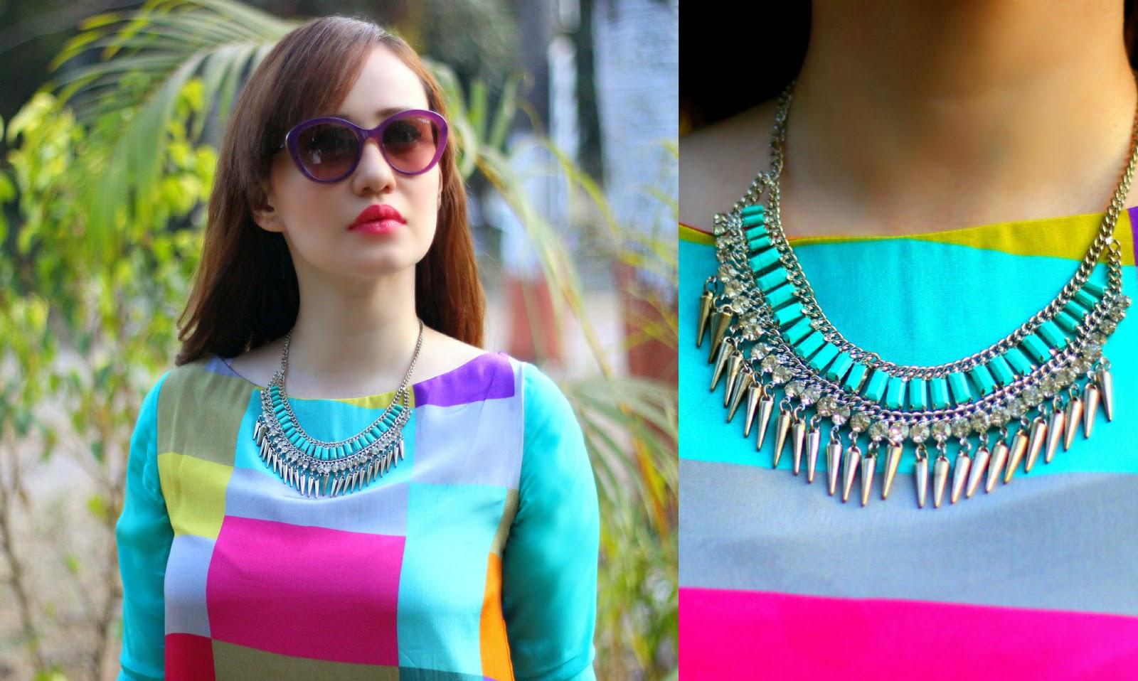 Vogue Eyewear Sunglasses & Turquoise Spike Necklace