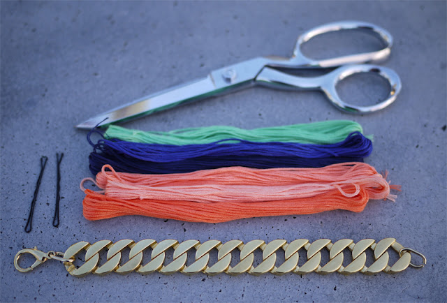 DIY: Bracelets Made from Threads and Curb Links