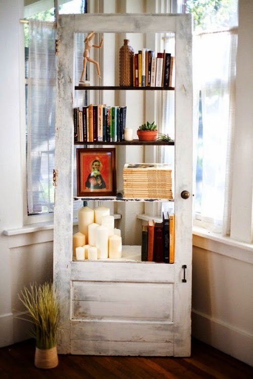 conseils d co et relooking id es simples et cr atives pour r utiliser des vieilles portes. Black Bedroom Furniture Sets. Home Design Ideas
