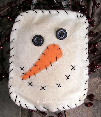 Snowman Face Prim Ornie