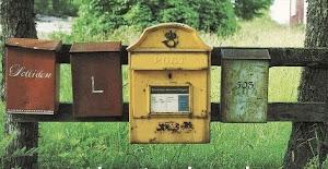 mándanos un correo a