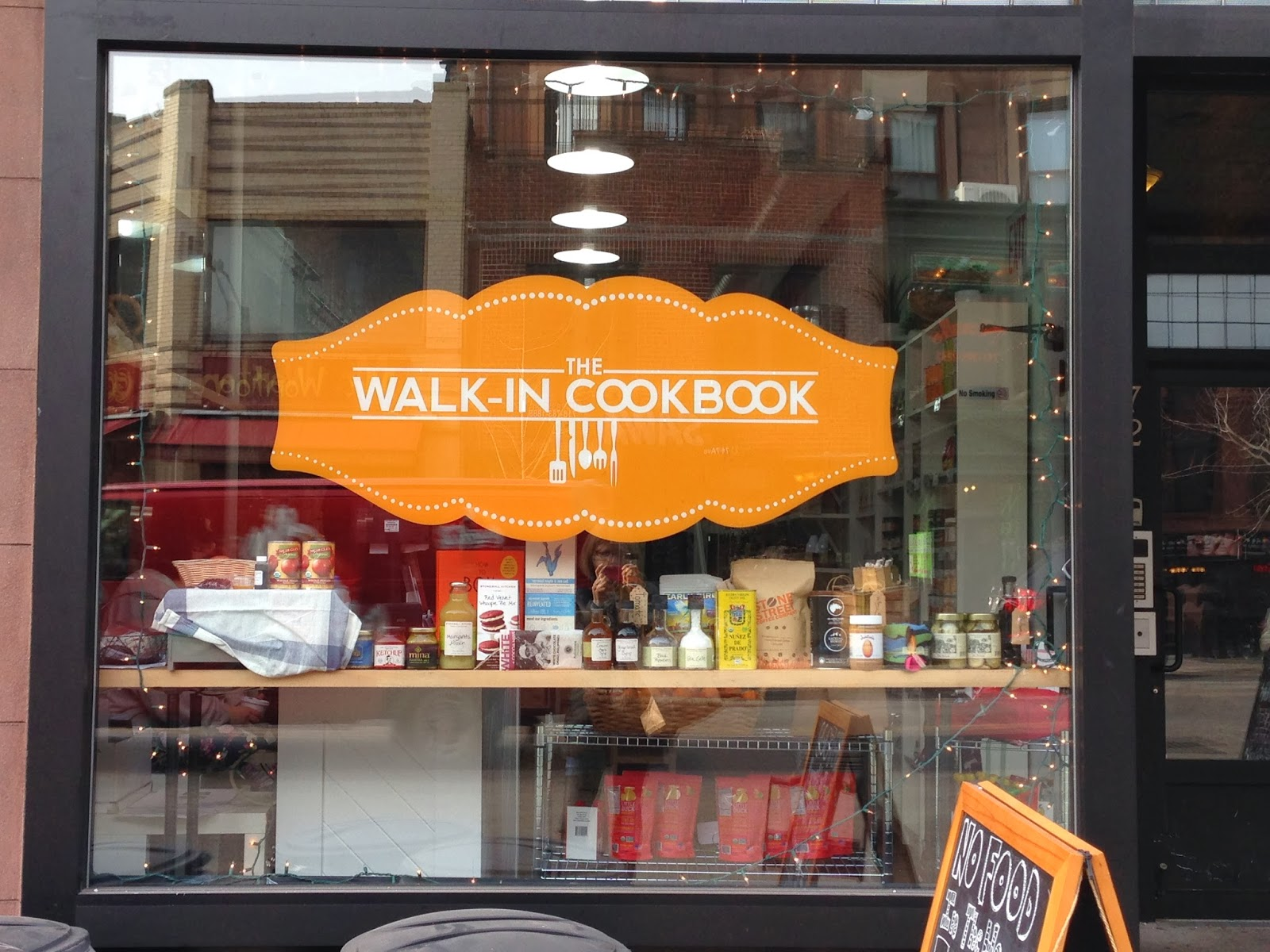 Blue apron park slope - Located On 7th Ave In Park Slope The Walk In Cookbook Is A Storefront Biz Offering The Same Sort Of Service As Online You Choose Recipes You D Like To