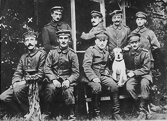 Hitler et ses camarades 1915