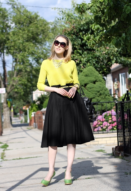 Asos Linen Midi Skirt Asos Skinny Waist Belt Madewell Pullover Jeepers Peepers Round Sunglasses Hive & Honey Hammered Open Circle Statement Necklace Leo Ventoni Bow Bag Pour La Victoire Irina Platform Pump Kenneth Cole New York Yellow Gold Watch American Apparel Cameo Blue Revlon Dreamer Nail Polish