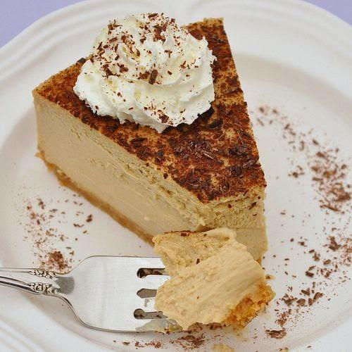 http://foodloversodyssey.typepad.com/my_weblog/2010/10/tiramisu-cheesecake.html
