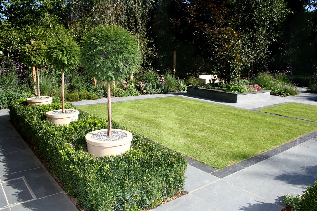 In love with beauty first choice for garden design in london the garden builders part 1 - Backyard landscape designs ...