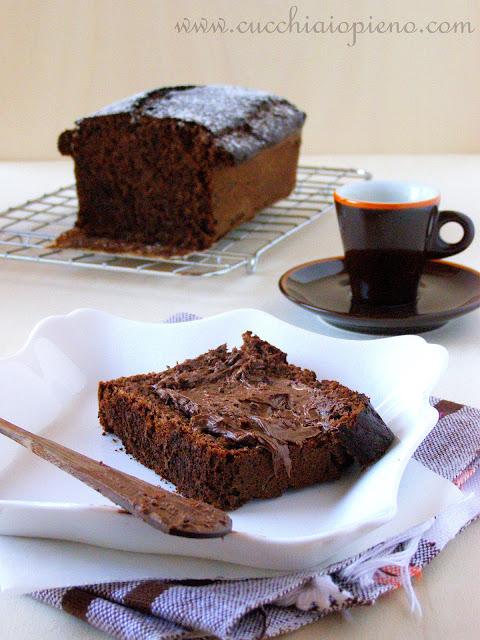 Delicioso bolo de banana e chocolate.