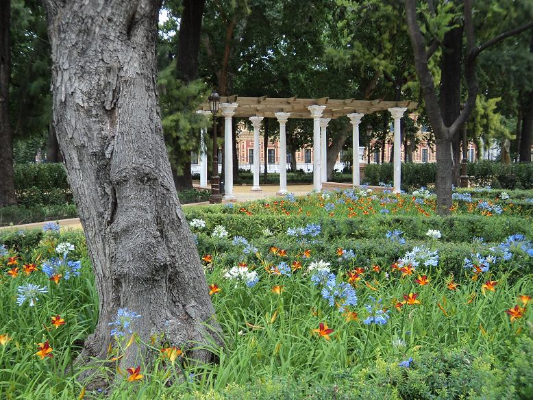 Cultura de sevilla cr nicas urbanas jardines del cristina for Jardines del eden sevilla