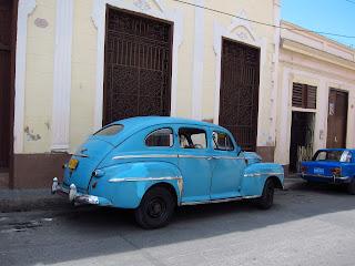 Santiago de Cuba blue vintage car
