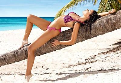 Monika Pietrasinska Bikini Pics