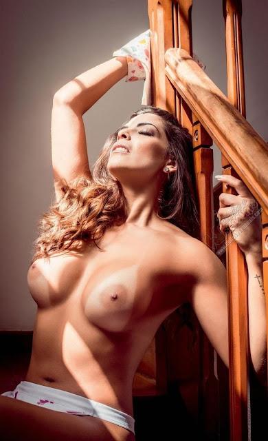 Fotos de Nuelle Alves - Dona Candinha - nua na Playboy