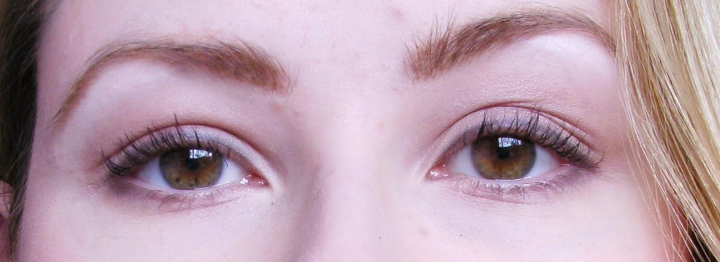 Miners Cosmetics Black Maxi-Mascara Waterproof on my Eyelashes