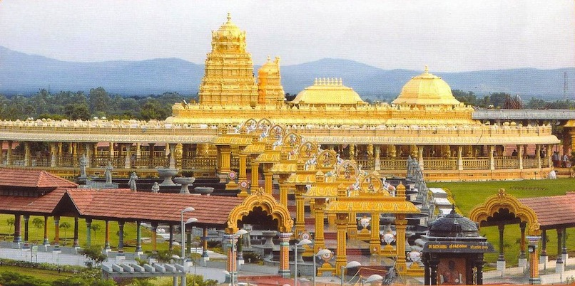 Golden Temple in Tamil Nadu http://travel.goudar.com/2011/10/golden-temple-sripuram-vellore-tamil.html