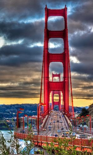 Golden Gate Bridge - San Francisco, California.