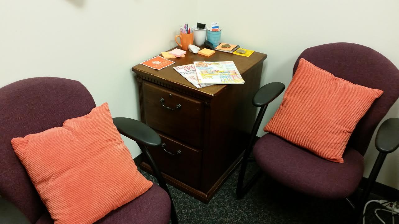 workspace orange room