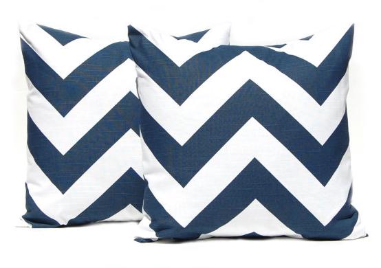 100 pillow giveaway festive home decor