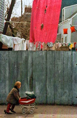 http://endilletante.tumblr.com/post/43634660358/fred-herzog-moms-shoes-1969