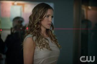 Arrow-S02E02-Identity