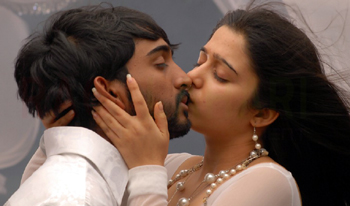 Actress Hottest Lip Kiss Photos Collection of 2012 | Sun Vijay Raj ...