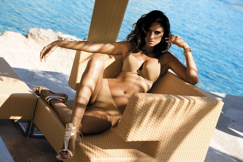 http://1.bp.blogspot.com/-T1H43v555ho/Tn5ByjsyeyI/AAAAAAAACa4/wkq8MA4wcow/s800/Camila_Morais_32.jpg