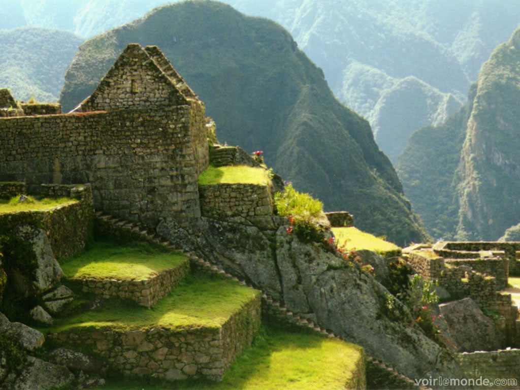 http://1.bp.blogspot.com/-T1NbMtKvl20/UDHCdpFF8nI/AAAAAAAAC64/anHV3d5n7ko/s1600/09_Machu_Picchu11.jpg