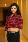 Priyanka latest glam pics-thumbnail-16