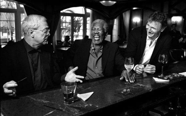 Fotografias a preto e branco de celebridades - Michael Caine, Morgan Freeman e Liam Neeson