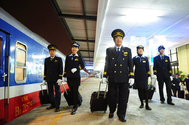 Đường sắt Việt Nam sẽ đóng mới 2 tàu chất lượng 5 sao trở lên