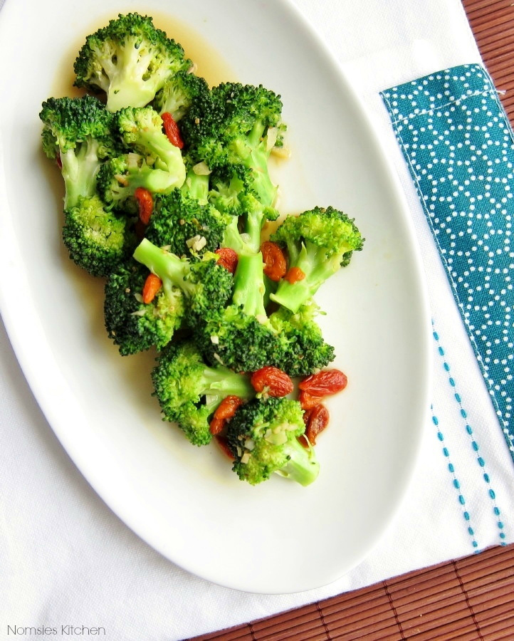 Stir Fried Broccoli with Goji Berries Recipe from Nomsies Kitchen