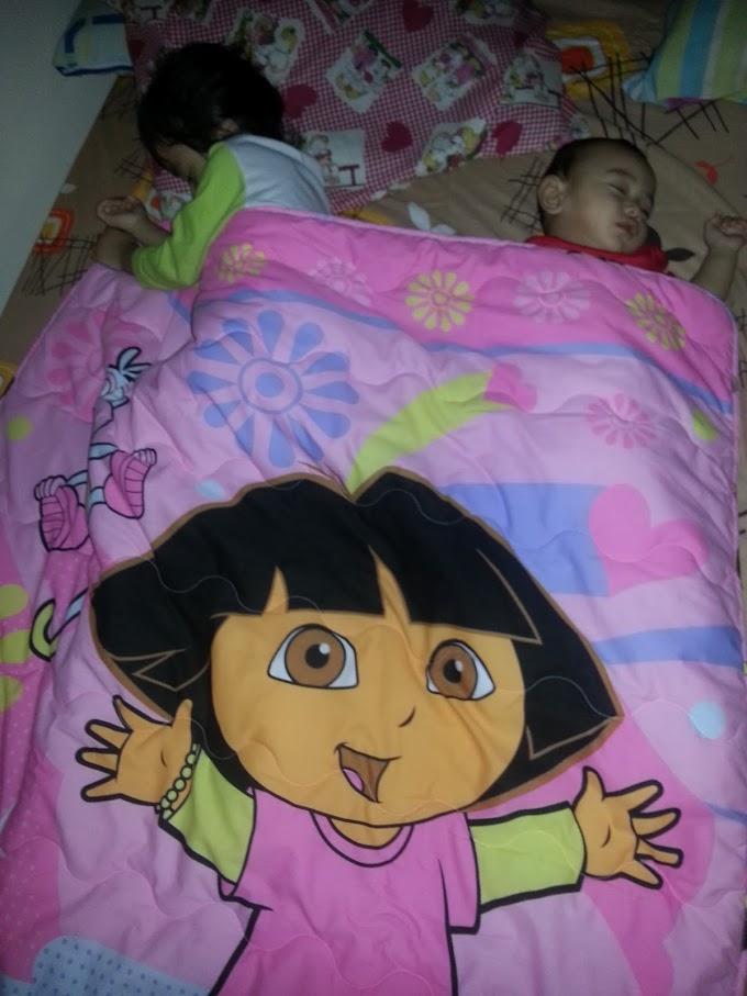 Kakak dan Dora