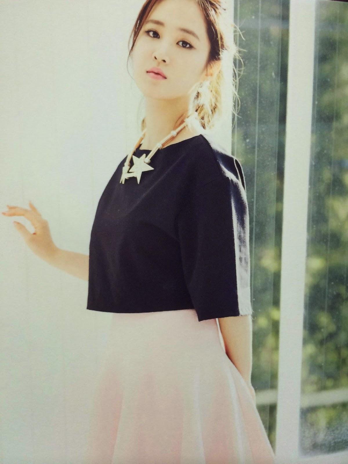 SNSD Yuri (유리; ユリ) Girls Generation The Best Scan Photos 5