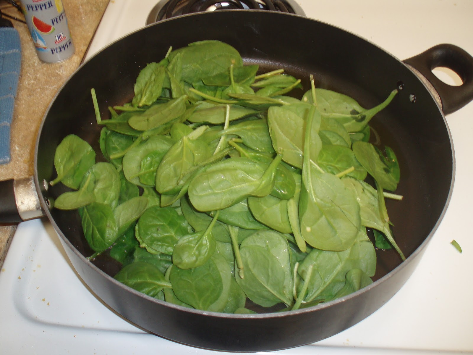 how to cook spinach with mozzarella cheese