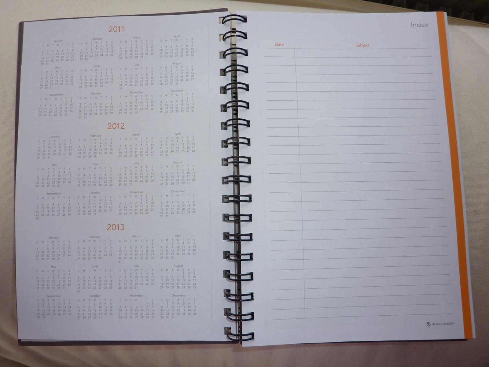 Calendar Planner Notebook : Plannerisms at a glance planning notebooks