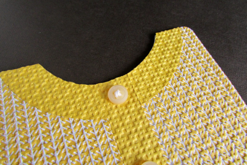 Sweater card neckline detail