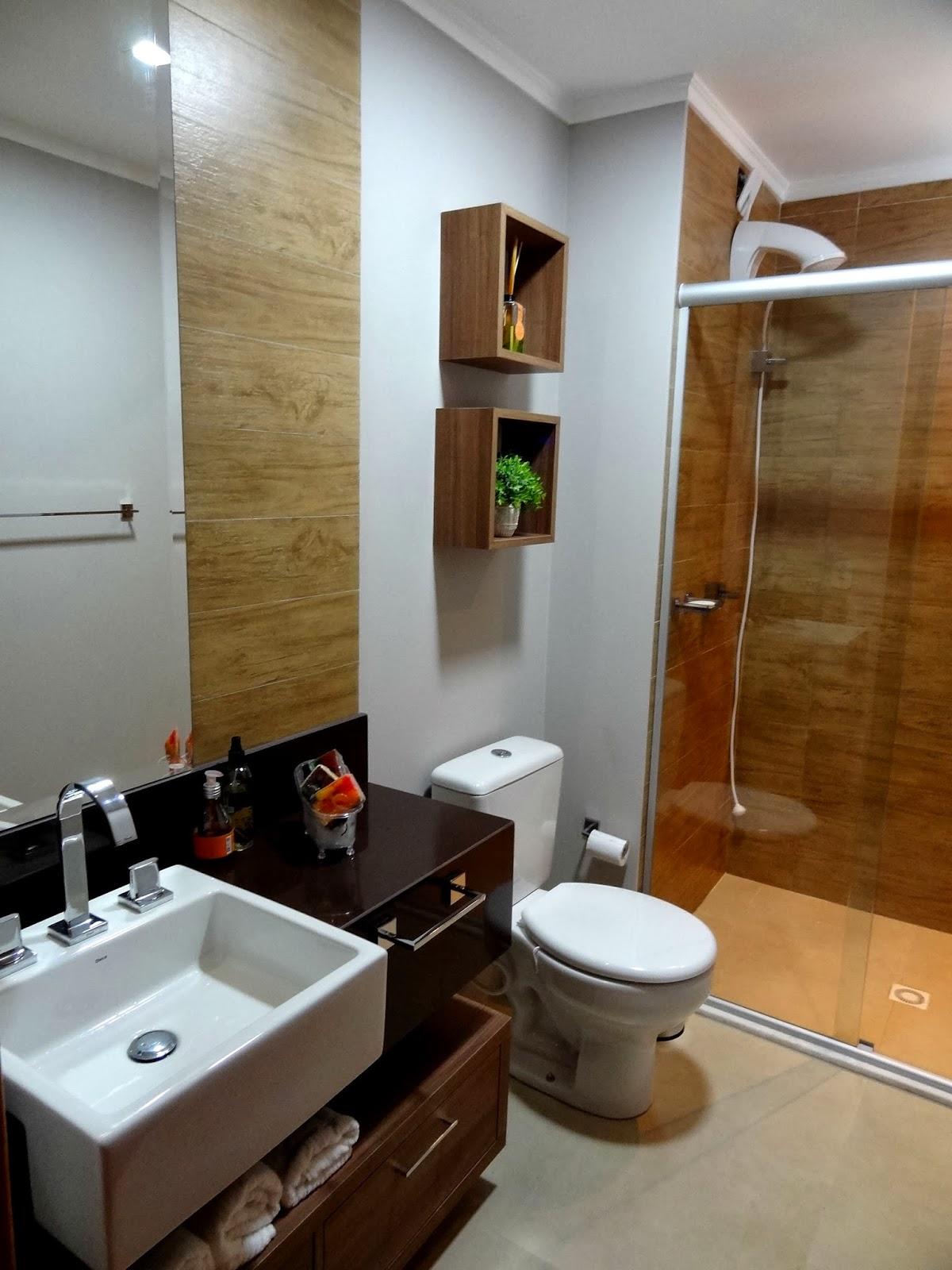 RM Arquitetura: Banheiros #653F1B 1200x1600 Banheiro Branco E Marron