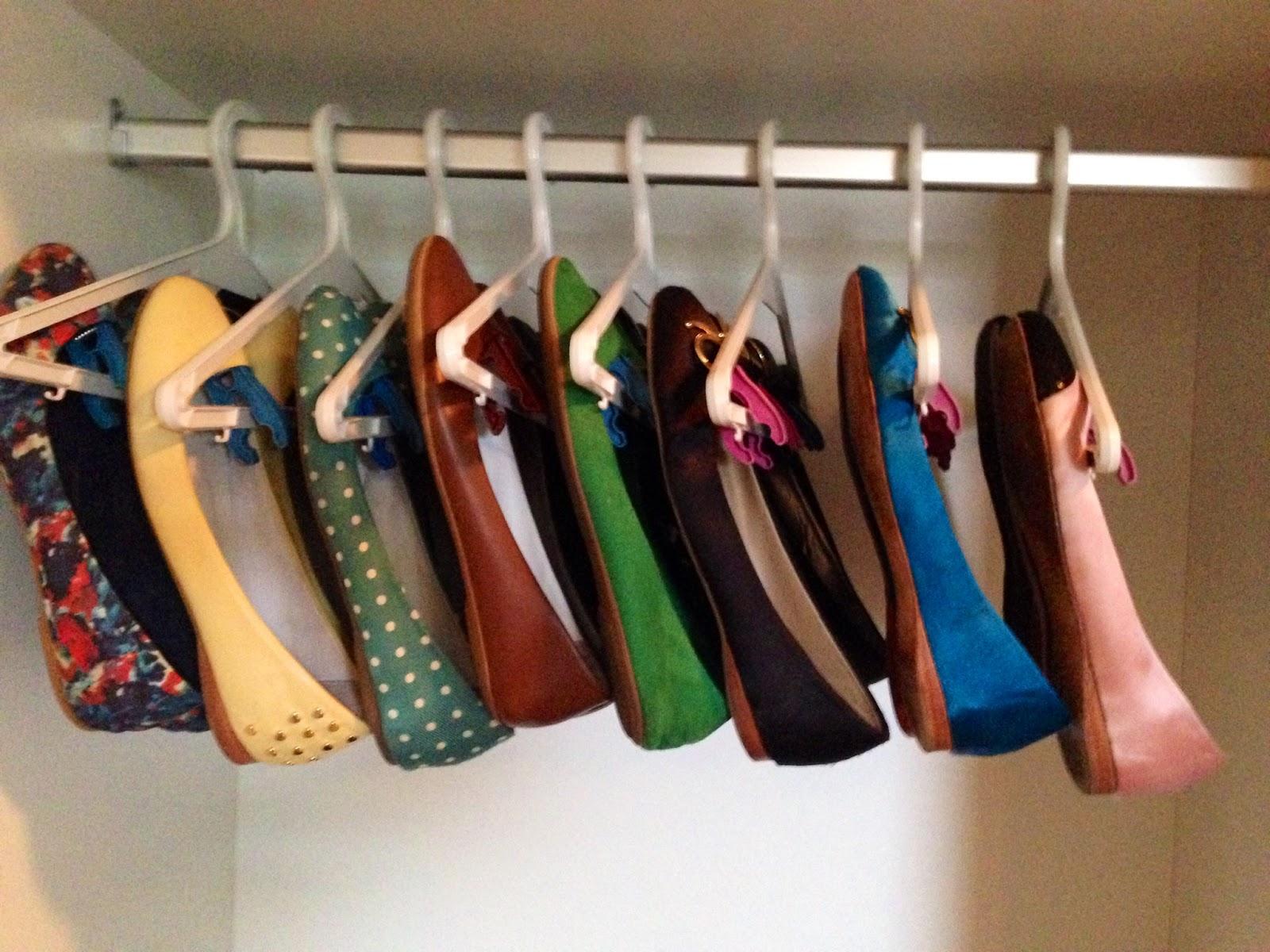 Penso logo divido cabide de sapatilhas